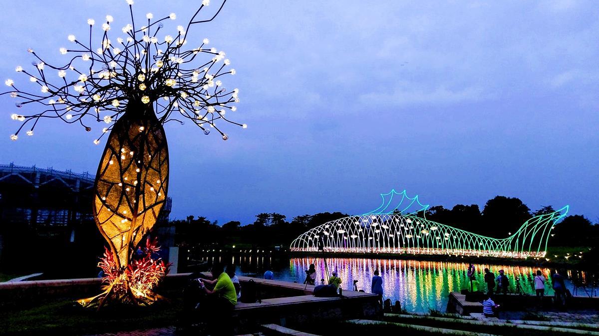▲園區內的「魚耀隧道」及「希望之樹」。