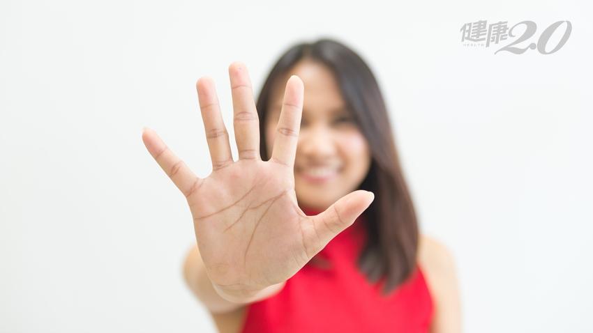 不論幾歲都能做!每天「手指」微運動 改善大腦血流、好睡防失智