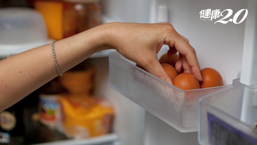 大部分的人都冰錯了!2大原因告訴你,為何蛋不要放在冰箱門內