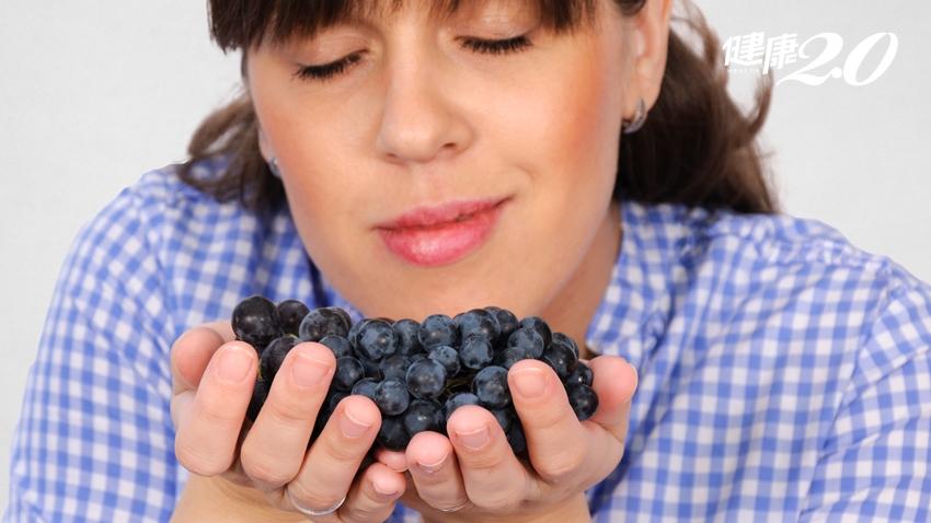 怎麼聞不到水果香味?嗅覺逐漸消失 可能是腦瘤早期症狀
