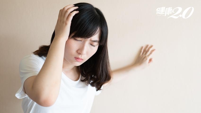 妙齡女臉色蒼白、頭暈站不穩 竟是痔瘡惹禍!
