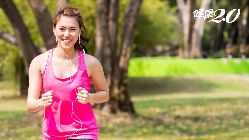 慢跑前該吃什麼,才不會消化不良?營養師:這2種食物好吸收