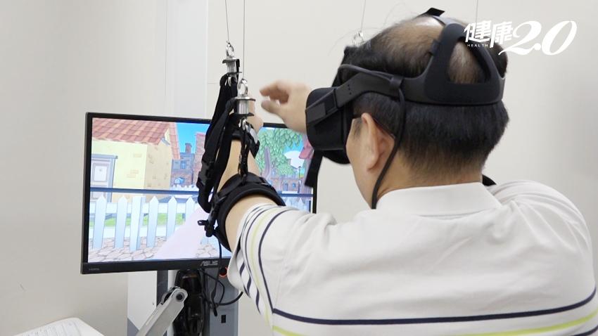 做復健不再枯燥乏味 結合穿戴裝置 VR虛擬實境