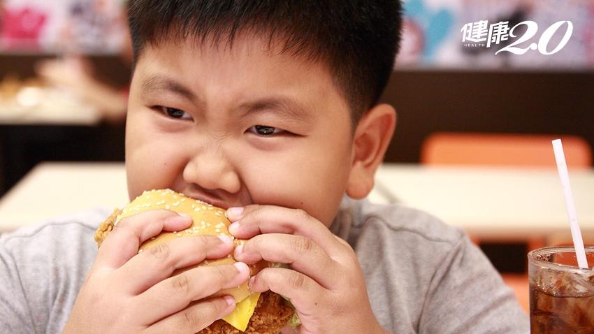 小四童就嚴重脂肪肝 少吃油膩食物還不行 得加上這些才能改善