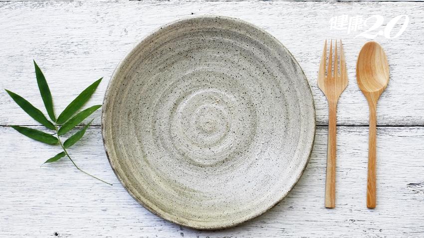 「正念飲食」顧健康:韓柏檉傳授抗癌餐盤、營養師教你算食物份量