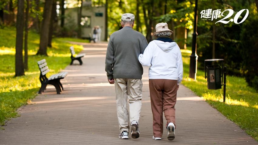 只有1種失智症可逆 這樣走路是最早警訊