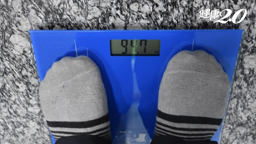體重破百穿5L、連刷牙都不敢照鏡子! 他公開半年內怒甩22﹒5公斤的秘訣