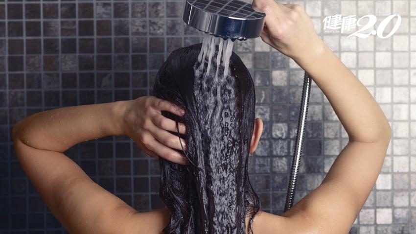 用蘇打水洗頭效果驚人、更滑順?皮膚科醫師解釋給你聽