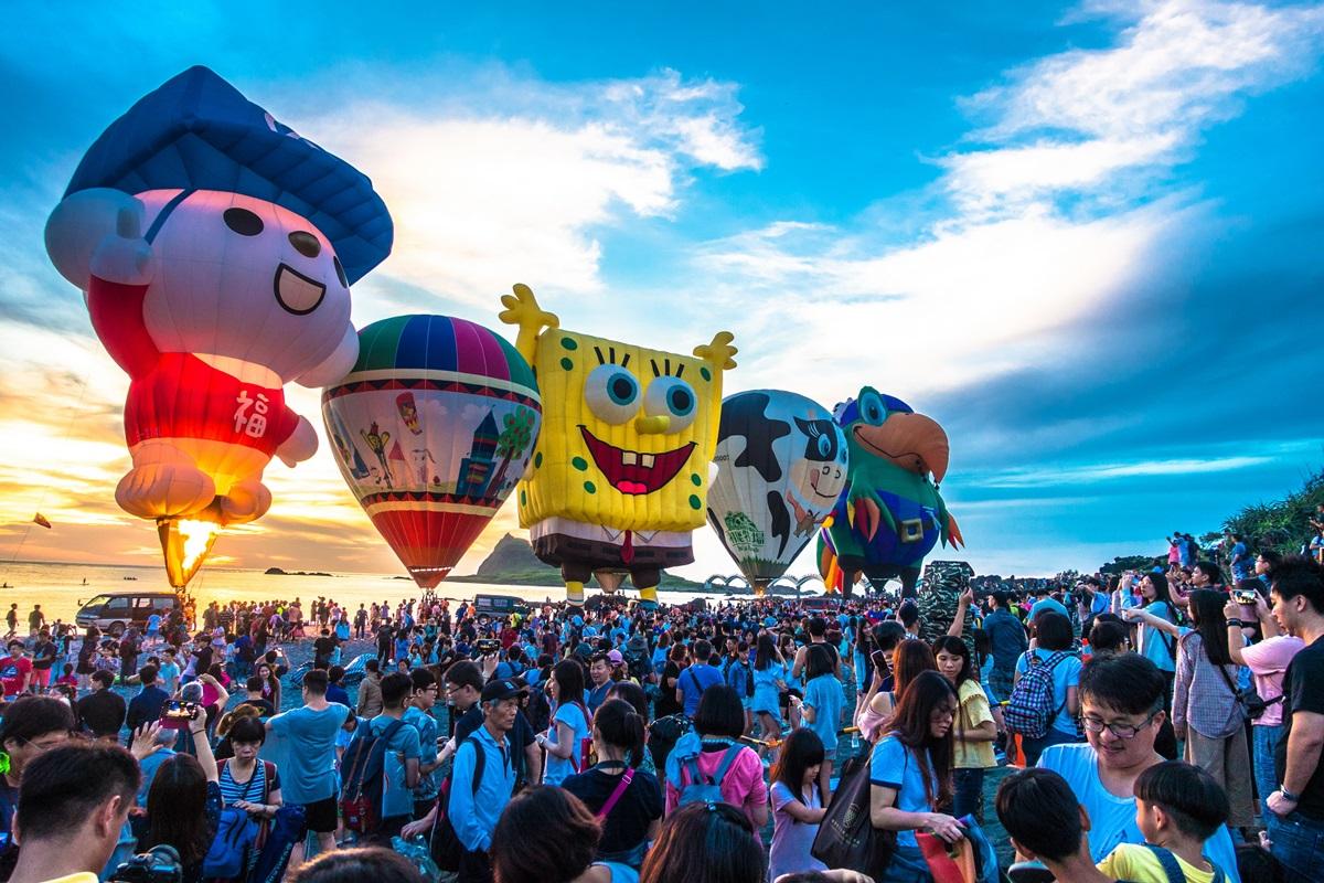 可以揪伴了!2021台東熱氣球嘉年華活動日期公開,連續37天從鹿野高台升空