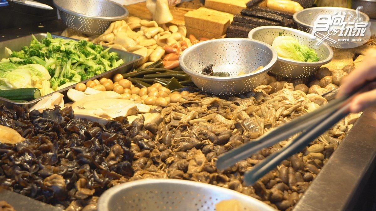 外國人挑戰迺「饒河夜市」!老饕都吃這6攤:金鋼狼也愛臭豆腐、米其林級胡椒餅