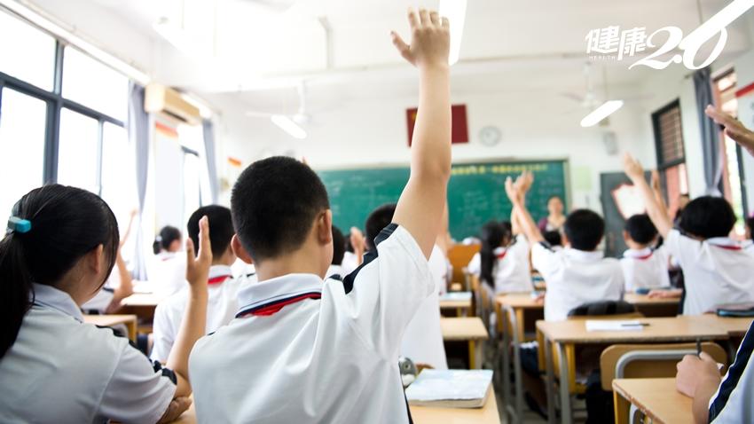 開學日將近!全台高中以下全面消毒、高鐵台鐵捷運加強重點清潔