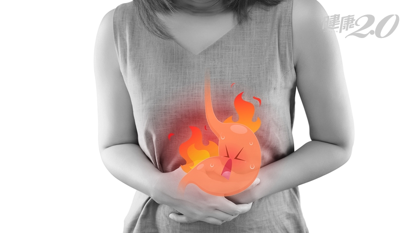 她解黑便、頭暈以為胃潰瘍,竟是「胃癌」!5症狀小心胃癌先兆