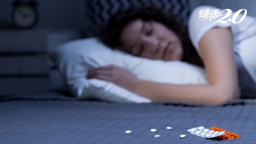 別急著吃藥!睡不好、常失眠的人,試試3種經過驗證有效的助眠營養品