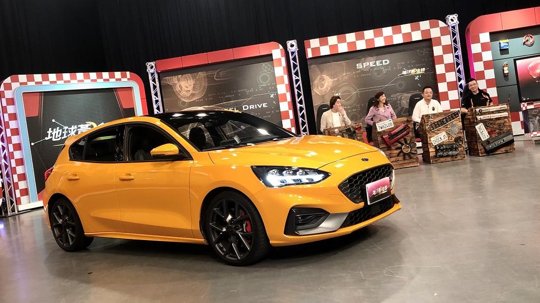 Focus ST正式報價已出爐,橘黃塗裝款還將在今晚10點(4/1)TVBS 56台《地球黃金線》節目中亮相!(攝影/ 汪廷諤) Focus ST正式報價136.8萬元 性價強壓同級