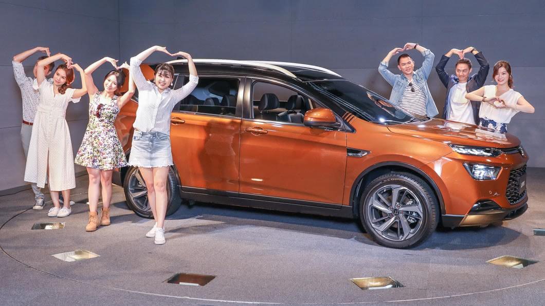 Luxgen新推URX七人座ARD智行版,並強調舊換新售價壓在百萬元內。(圖片來源/ Luxgen) 聽見消費者的聲音了 納智捷URX推百萬內七人座車型