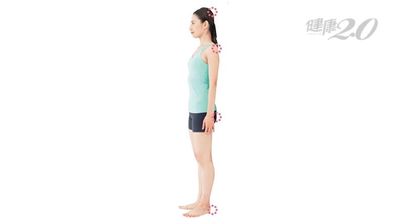 84歲婦人練「4點貼壁」!髖關節不再疼痛 血壓、膽固醇都改善