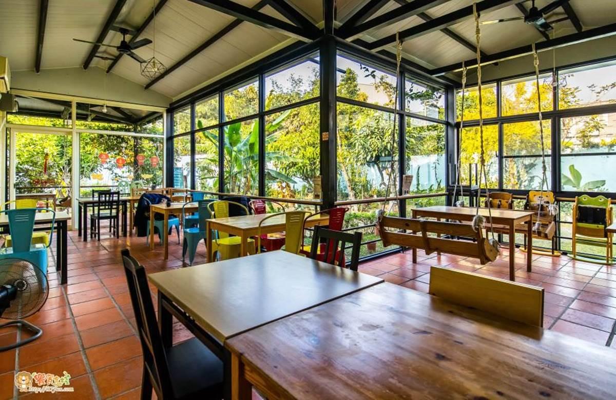 IG熱搜!高雄7間美拍庭園餐廳:紅燈塔露天座、300坪日式造景、台版小泰國