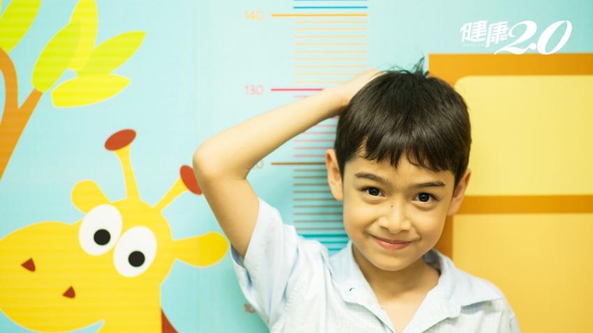 如何讓小孩長更高一些?醫師提點「睡覺3重點」要做到