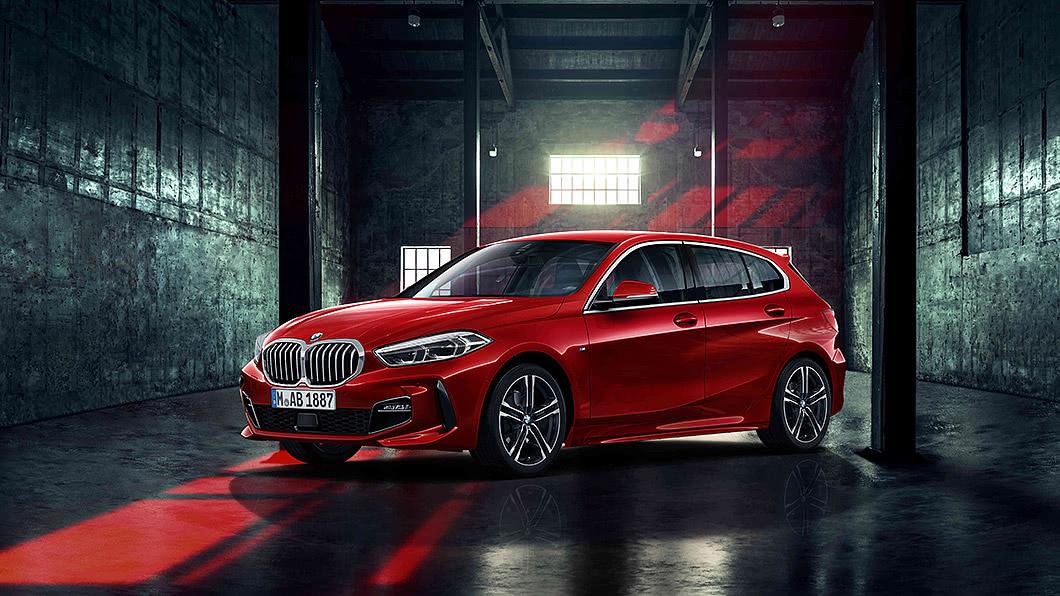 BMW推出118i Edition Sport與118i Edition M兩款運動化限量車型。(圖片來源/ 汎德) BMW推118i雙運動限量版 153萬元起加味上市