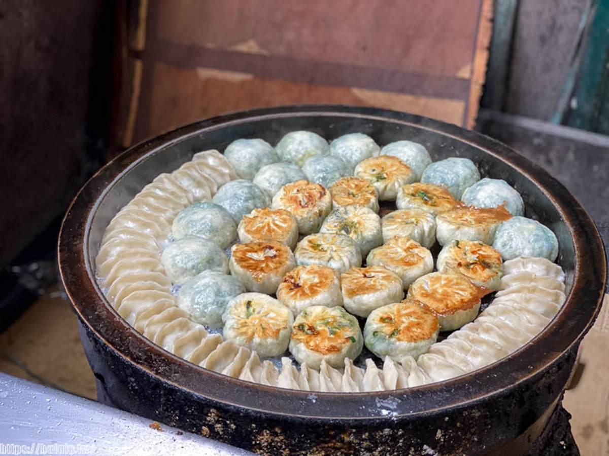 台南5家超欠吃煎餃:神祕餐車綠皮餃、脆皮黃金鍋貼、市場老字號1顆3元