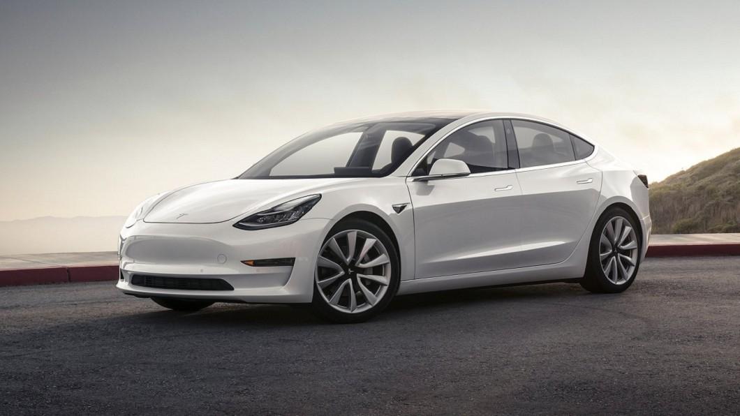 Tesla在全球掀起電動車熱潮,也讓電動車在台銷售逐漸有起色。(圖片來源/ Tesla) 節能車除了特斯拉 校長還有更親民的選擇