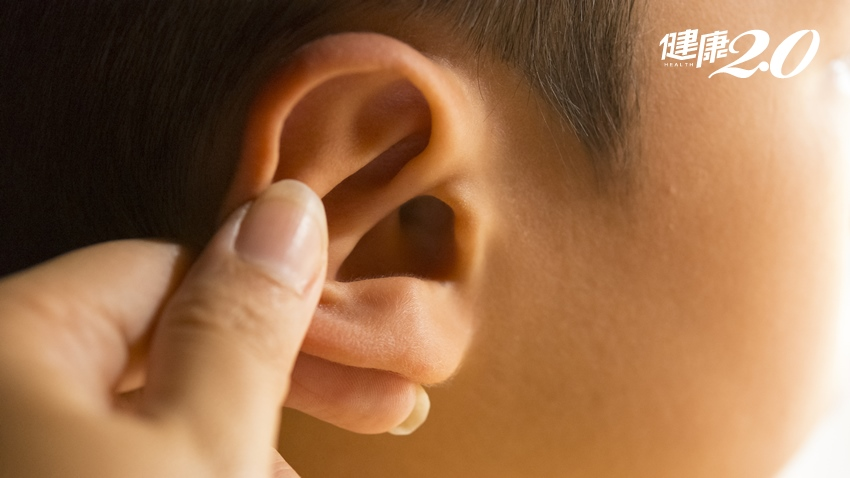 改善頭痛、經痛、便祕 中醫師教你按耳穴來保健
