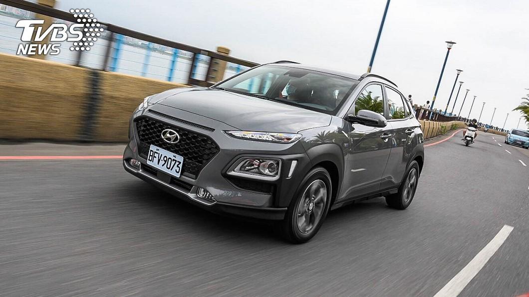 Hyundai宣告Kona Hybrid正式在台上市,搶攻油電跨界休旅市場。 舊換新94.9萬即可入主 Kona油電版上市開賣
