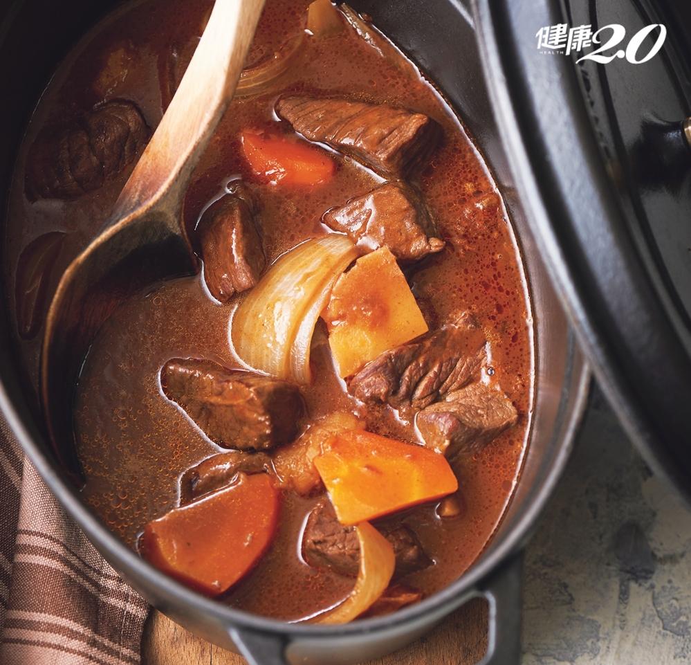 天氣微涼,大口喝湯不怕胖!3碗超飽足「低醣減脂湯」不挨餓不復胖