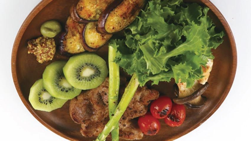 減肥也能大口吃肉!韓國妹減重22KG教做「這道」晚餐,吃完睡醒繼續瘦