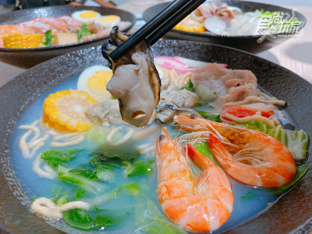超狂「Buffet等級」鍋燒意麵!整隻龍蝦放進去、生食級牡蠣、超大天使紅蝦