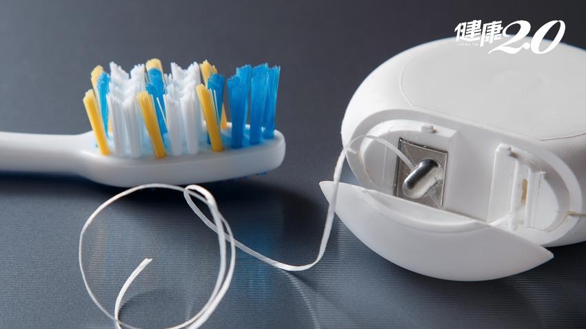 吃完酸性食物別急著刷牙!牙醫教正確潔牙,不讓牙菌斑變結石