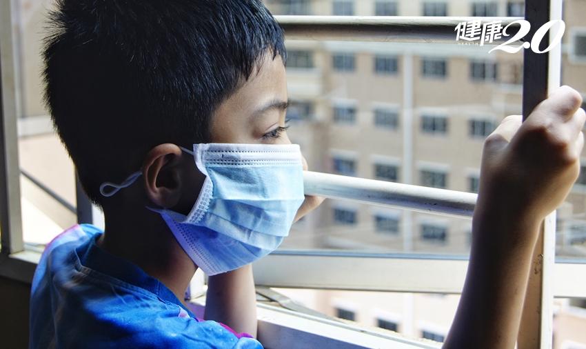 10歲男童輕微肺浸潤、疑似肺炎…爸爸在陽台做這件事害的!