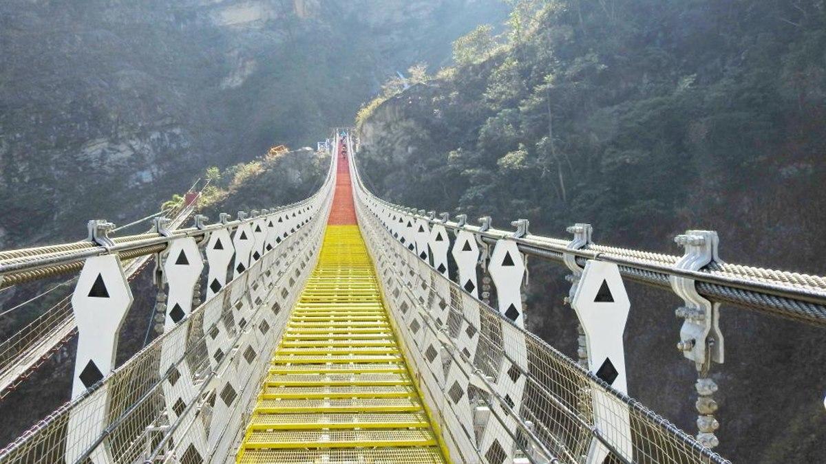 衝南投打卡放IG囉!「雙龍七彩吊橋」新制來了,明年起擴大遊客人次