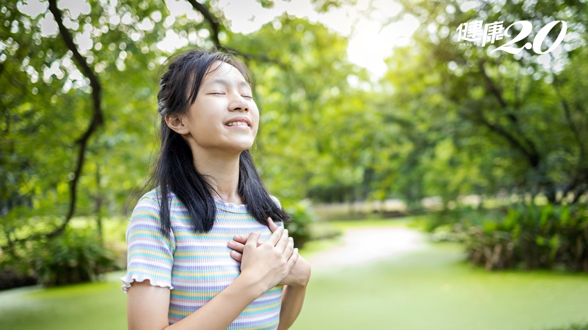 天氣愈來愈熱 養生名醫教「這樣呼吸」預防心肌梗塞