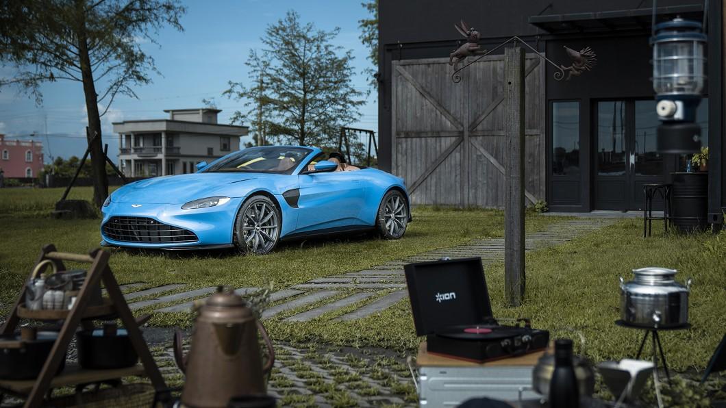 Aston Martin Vantage Roadster敞篷浪漫、性能強悍,頂篷開關速度更號稱車壇最快!(圖片來源/ 永三汽車) 車壇最快開關篷速度 Vantage Roadster台灣首發