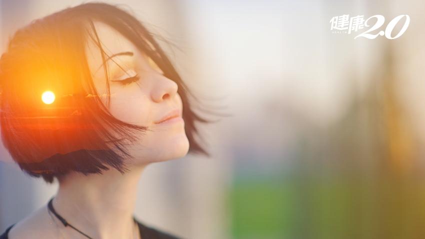忘不了的童年創傷有如世界末日!13個自我療癒方法 幫助管理情緒重現