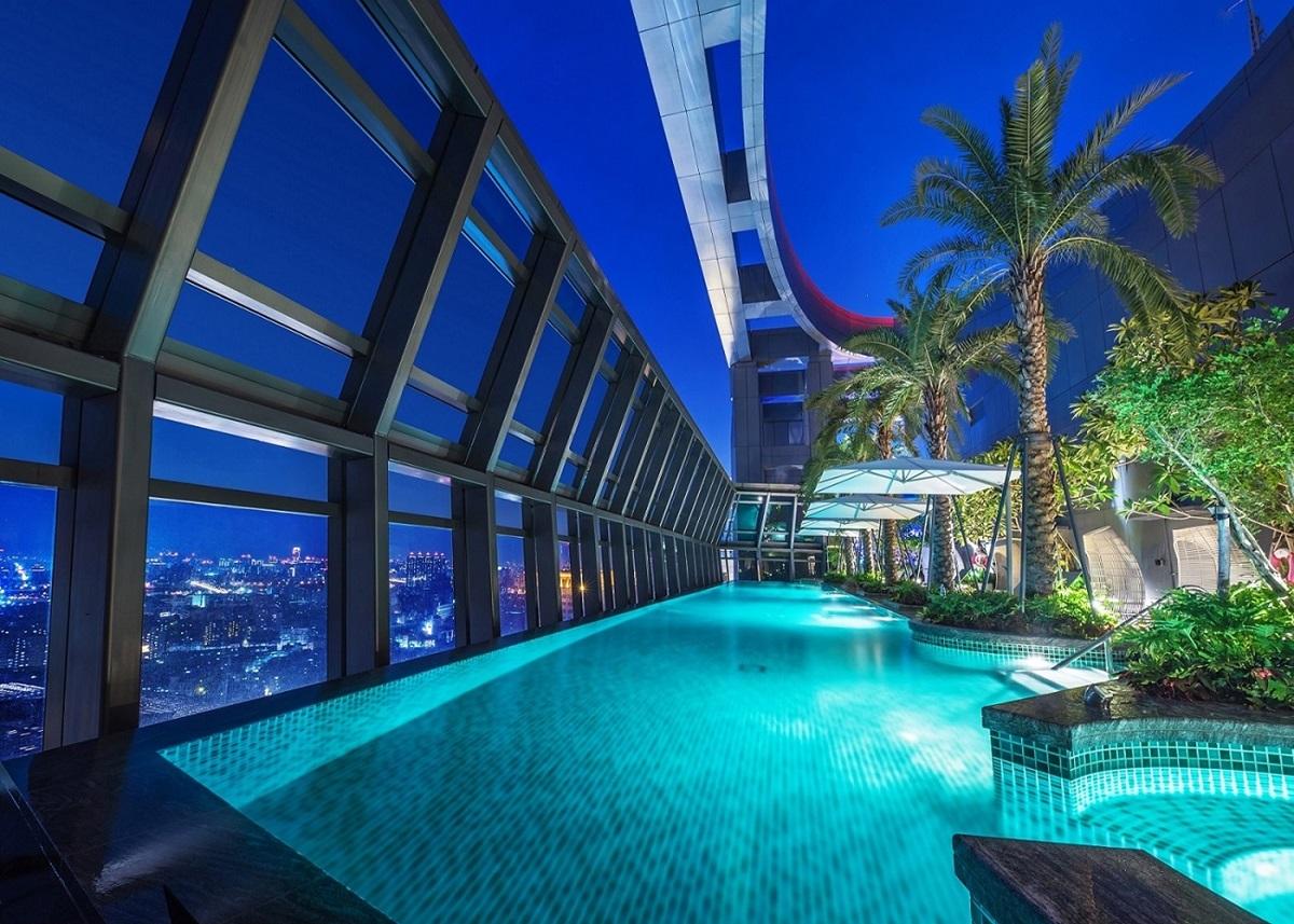 入住就送6000元!全台最高「無邊際泳池」飯店超狂6倍劵,吃到飽、住房都能用