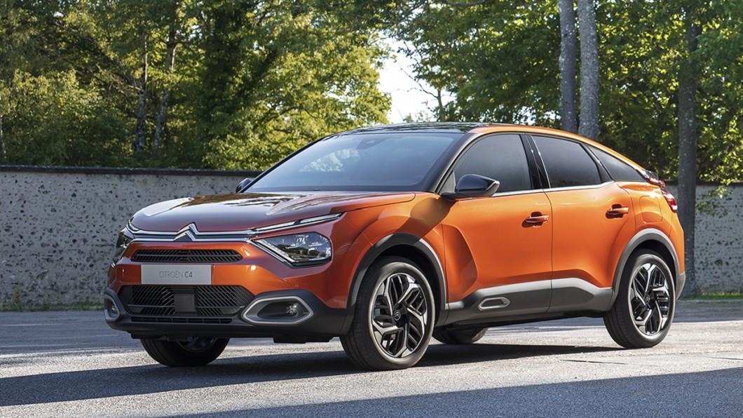 全新C4將帶來獨特的外觀,還有全新動力編成,包括稱為ë-C4的純電動版本。(圖片來源/ Citroën) 全新Citroën C4首次亮相 預計將提供純電車型