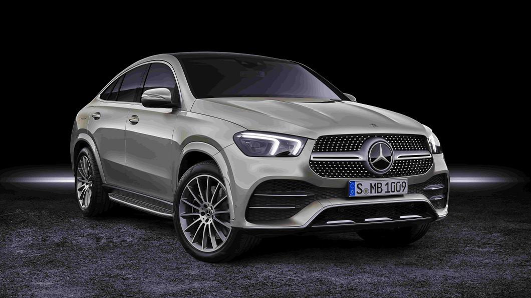 從五月開始就可以看到M-Benz的SUV車款陸續發表上市。(圖片來源/ M-Benz) 美背更流線 M-Benz GLE Coupé開放接單