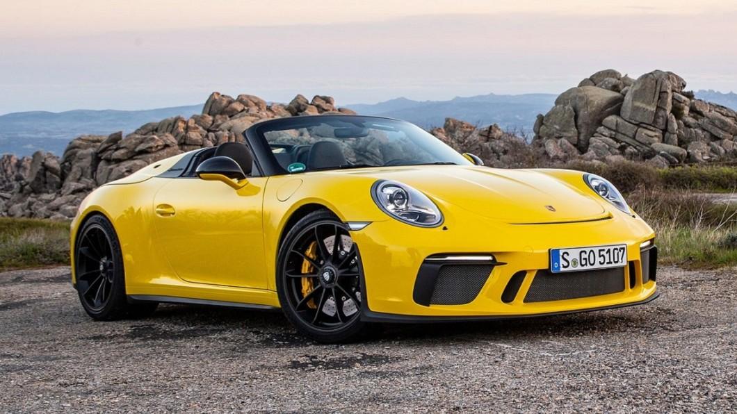 隨著環保意識抬頭,許多車廠都開始打造油電車或者純電動車。(圖片來源/ Porsche) Porsche是否推出911 Hybrid? 車重將是關鍵