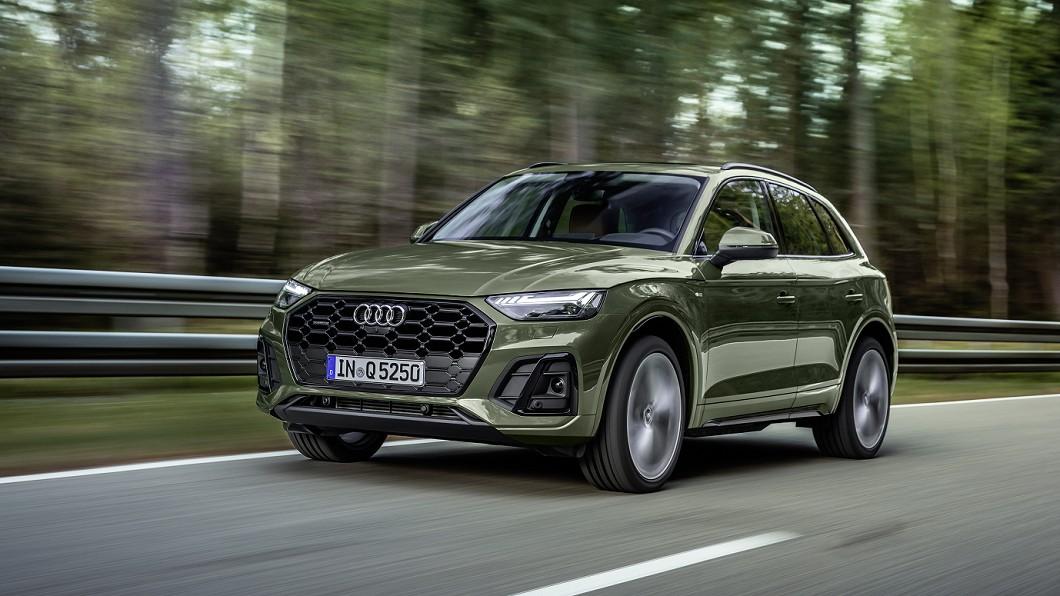 Audi Q5小改款更新首度亮相,預計2020年秋季於德國搶先上市。(圖片來源/ Audi) 小改款Q5發表亮相 首度植入觸控螢幕與OLED尾燈
