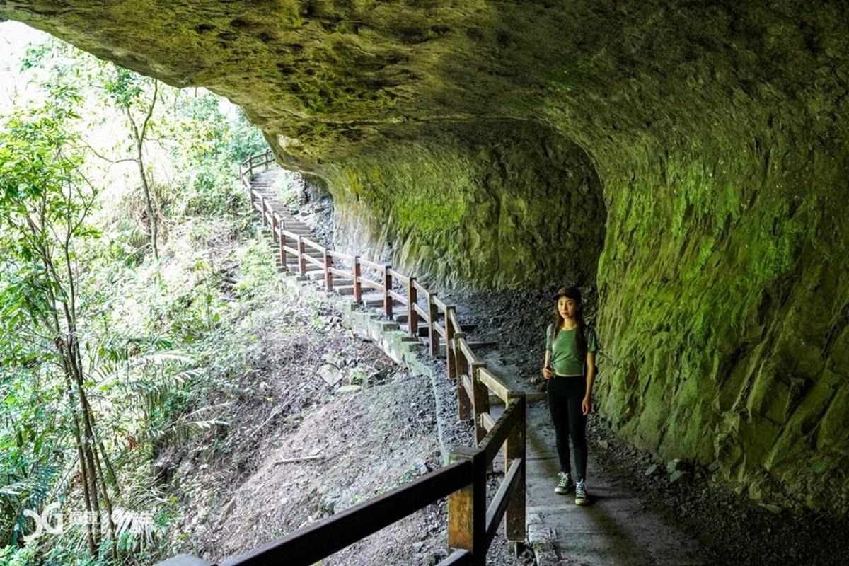 【食尚首播】嘉義版太魯閣!超壯觀步道美拍2絕景:燕子崖飛瀑、千年蝙蝠洞