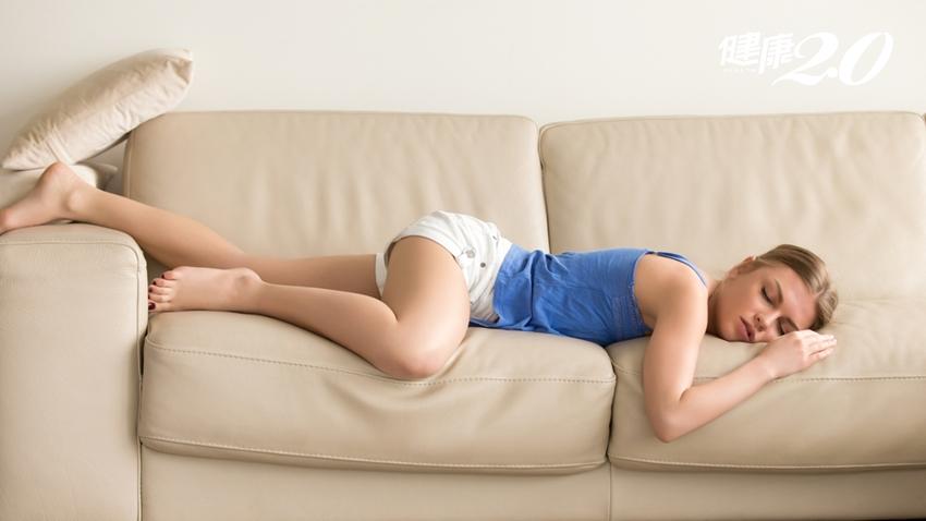 體內「痰濕」讓你便祕、吃不下、四肢無力…夏天如何排出濕毒?
