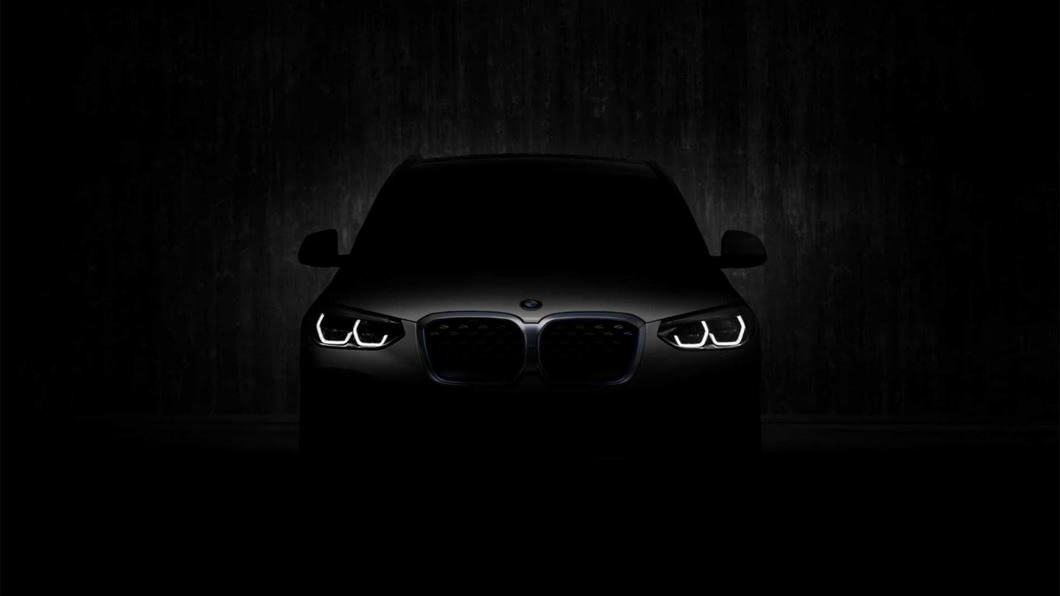 根據外媒所得到的間諜照資訊,iX3與標準版車型有著極為相似的外觀。 純電休旅BMW iX3預計7/14發表 續航里程可達440公里