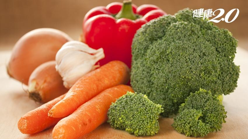 蟲咬過的蔬果沒農藥?颱風來該搶蔬果?台大農藥權威3招挑選蔬果免吃農藥