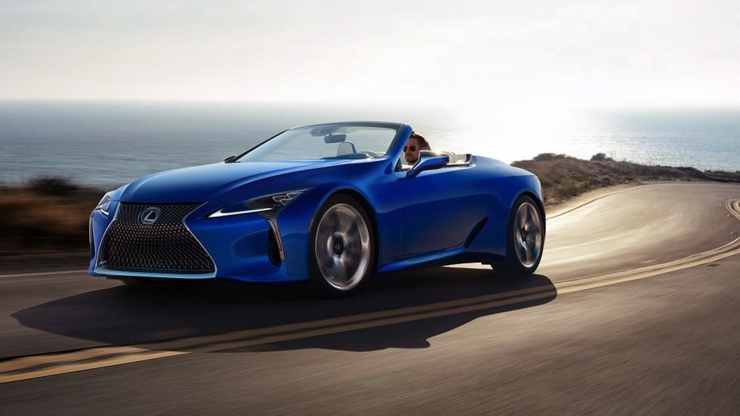 LC Convertible確定將在8月18日發表上市。(圖片來源/ Lexus) Lexus LC 500敞篷版8月18日在台上市 開篷速度快15秒搞定!
