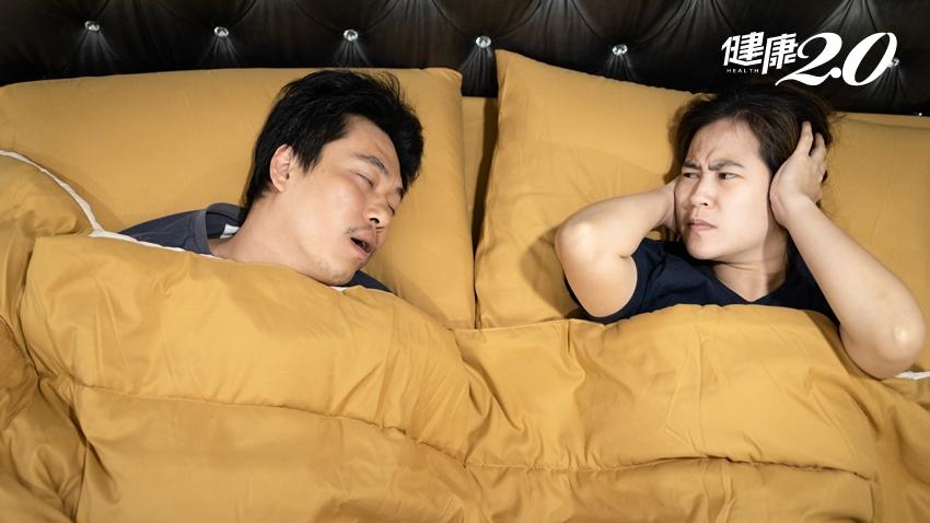 睡眠呼中止症和「失智症」有關!一定要治療,不僅改善打鼾,預防中風及猝死,活久也要活好