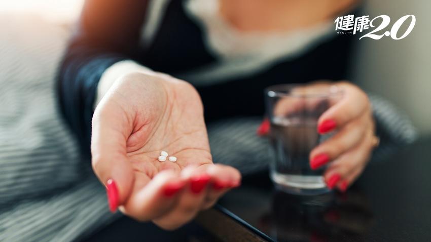 破解失眠藥3大迷思!安眠藥會越吃越沒效?一次吃半顆比較不傷身?