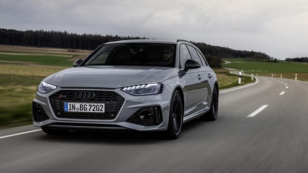 新世代RS 4 Avant預計2023年前現身,並將是第一款插電版RS車款。(圖片來源/ Audi) 油電版RS 4預告2023年現身 Audi RS高性能車款將全面電動化