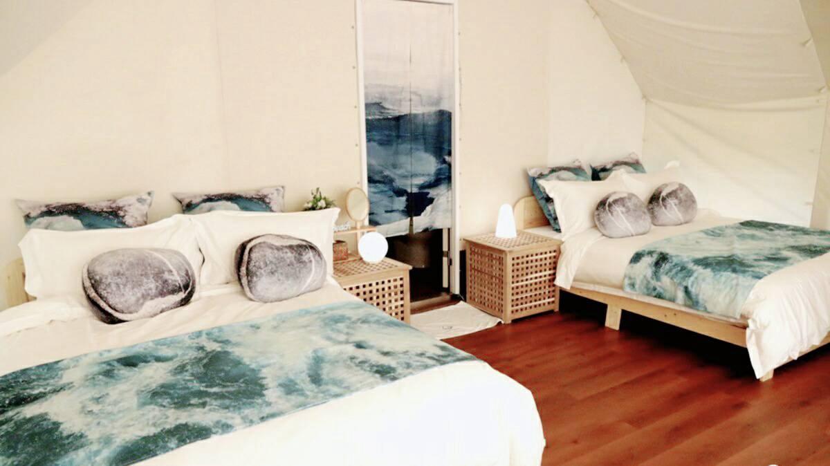 全包式懶人露營又來了!台中「向海那漾」有泳池、草地、沙灘,帳篷裡還有獨立衛浴